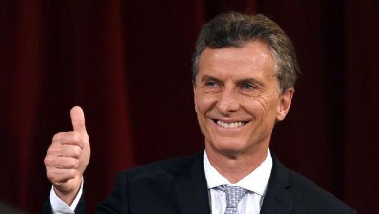 Encuesta: Mejora humor social y Macri sube
